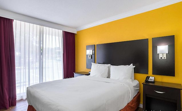 Clarion Inn Fort Lauderdale | Great Prices For Accommodation in Fort ...